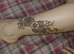 Beautiful Henna Designs for Leg
