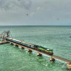 Rameshwaram Tamilnadu India. #Repostindia pic by @krishna.athreya  #PambanBridge #rameshwaram #India #oldest #bridge #emerald #blue #sea #train #indianrailways #incredibleindia #naturelovers #water #travelgram #travel #_soi #natgeo #instatravel #Indiapictures #TamilNadu #indiaig #Regrann