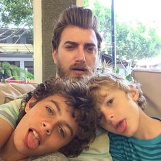 Rhett and his sons Locke on the left and Shepherd (is that spelled wrong) on the right