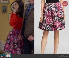 Mandy's floral skirt on Last Man Standing.  Outfit Details: http://wornontv.net/40527/ #LastManStanding