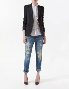 Absolutely love this Zara blazer, preacher collar shirt, ripped boyfriend jeans and perfect pumps.  Fantastic casual outfit.  Easily replace the pumps with Chucks and it's the perfect weekend outfit for me.