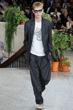 e1d0e0a5ff0 Designer Fashion - Farfetch. The World Through Fashion