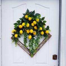 Square Lemon Wreath, Modern Wreath for Door, Spring Home Decor, Summer Door Wreath, 22 in Yellow Wreath Summer Door Wreaths, Fall Wreaths, Fall Swags, Ribbon Wreaths, Christmas Wreaths, Monogram Wreath, Diy Wreath, Wreath Ideas, Tulle Wreath