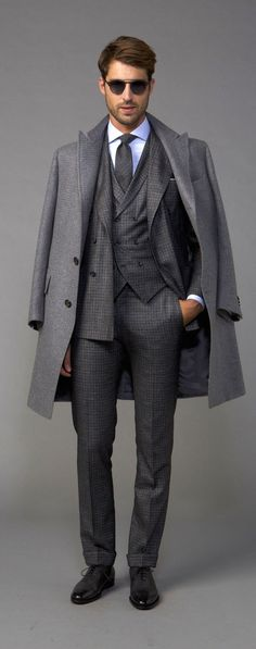 Gray tonal look with a gray plaid three piece suit white button up shirt gray tie sunglasses gray topcoat black shoes. Mens Fashion Blog, Best Mens Fashion, Work Fashion, Fashion Styles, Men's Fashion, Fashion Outfits, Sharp Dressed Man, Well Dressed Men, Estilo Cool