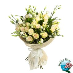 Bouquet raffinato con Roselline avorio: perchè il colore avorio è il simbolo dell'eleganza!