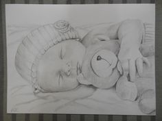 Portrait de Bébé et son Nounours, dessin au crayon, sur commande. : Dessins par nathalie-lemoine