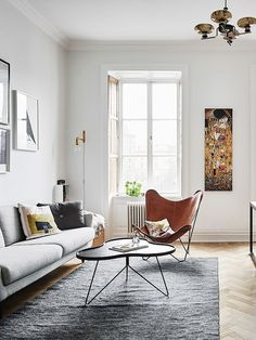 Top Modern Living Room Interior Designs and Furniture Cozy Living Rooms, Living Room Chairs, Apartment Living, Home And Living, Living Room Furniture, Living Room Decor, Modern Living, Small Living, Home Interior