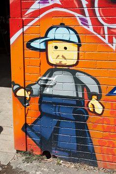 lego grafitti (my friends at Lego please don't sue!)