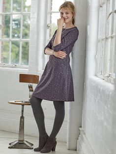 Discover the wide range of Jersey Dresses from White Stuff. With plain, patterned, midi and long sleeve - you'll find a jersey dress for every style. Grey Tights, Figure Poses, Tight Dresses, Winter Fashion, White Dress, Dressing, Denim, Chic, Long Sleeve