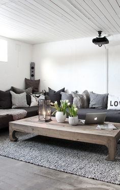 60 Einrichtungsideen Wohnzimmer Rustikal my living room with black sitting area living room and rustic wooden coffee table Living Room Grey, Home And Living, Living Room Decor, Small Living, Cozy Living, Dark Grey Carpet Living Room, Black Carpet, Modern Carpet, Coastal Living