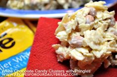Click the picture to see this Delicious Sweet & Salty White Chocolate Treat with Pringles. Peanut Brittle Recipe, Brittle Recipes, White Chocolate Pretzels, Chocolate Treats, Chocolate Clusters, Graham Cracker Toffee, Graham Crackers, Cobbler, Praline Recipe