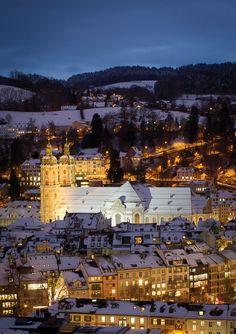 View from Rosenberg over the center of St. Gallen. | Blick vom Rosenberg aufs Kloster St.Gallen.