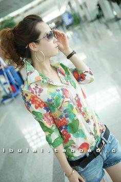 [Ho052] เสื้อแฟชั่น เสื้อเกาหลี คอปก แขนยาว ลายดอกไม้ | SoMoreMore.Com