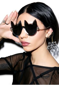 I Still Love You NYC Here Kitty Cat Eye Glasses Mirror One from Dolls Kill. Shop more products from Dolls Kill on Wanelo. Ray Ban Sunglasses Outlet, Sunglasses Women, Sunglasses 2016, Sunglasses Online, Shady Lady, Cheap Ray Bans, Cat Eye Glasses, Nice Glasses, Cat Jewelry