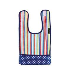 Babero plastificado con rayas de colores y bolsillo a topos azul marino. #baberos #kiwisac
