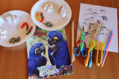 great science experiment to match up bird beaks with types of food they can eat!  Small group activity