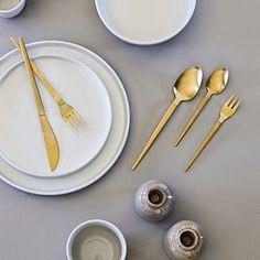 女性で、Kitchen/テーブル/DIY/北欧食器/テーブルコーディネート/プチプラ雑貨/ソストレーネグレーネについてのインテリア実例。 「ゴールドのカラトリー...」 (2017-02-01 07:59:57に共有されました)
