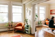Andrew & Becky's Bright, Eclectic Seattle Apartment