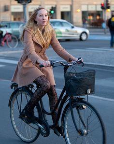 Copenhagen Bikehaven by Mellbin - Bike Cycle Bicycle - 2012 - 4104 by Franz-Michael S. Mellbin, via Flickr