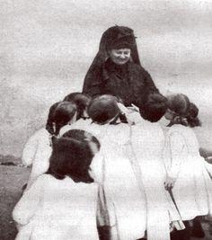 04 Maria Montessori with Children