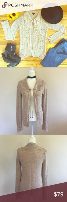 BCBGMaxazria Long Open Sweater Size M This BCBGMaxazria Long Open Sweater Size M is in excellent condition. Like new! Very gorgeous. 🍁Perfect Fall Sweater 🍂 BCBGMaxAzria Sweaters
