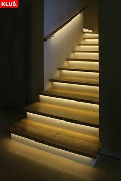 2013010610383881 paski lamp led pod stopniami schodow