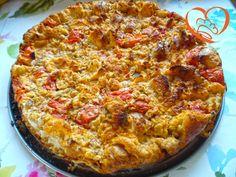 Frittata di pane e pomodorini http://www.cuocaperpassione.it/ricetta/d92d1f4c-9f72-6375-b10c-ff0000780917/Frittata_di_pane_e_pomodorini