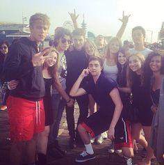 Photos: Bella Thorne Having Fun At The Beach With Blake Michael, Kailey Swanson