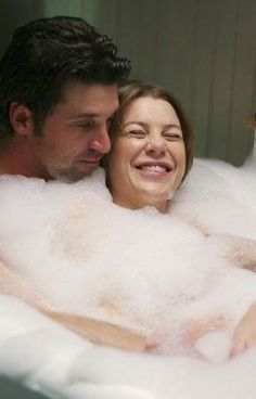 Greys Anatomy Derek, Greys Anatomy Couples, Greys Anatomy Funny, Greys Anatomy Characters, Greys Anatomy Cast, Grey Anatomy Quotes, Meredith Und Derek, Movie Couples, Cute Couples
