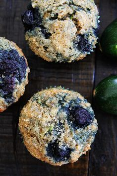 Zucchini Banana Blueberry Muffin Recipe on twopeasandtheirpo. Use your summer zucchini to make these nutritious and delicious muffins! They are easy to make and freeze beautifully! Blueberry Zucchini Muffins, Zucchini Banana Bread, Veggie Muffins, Healthy Zucchini, Healthy Muffins, Blue Berry Muffins, Healthy Snacks, Lemon Zucchini, Donut Muffins