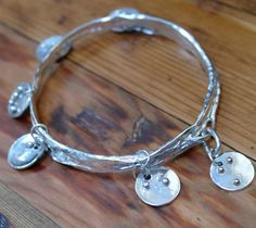 Sterling Silver Large Hooped Seaweed Slave bangle by GentleMedusaSilver. Commission piece with braille tags in sterling and one with gold Seaweed, Makers Mark, Bangles, Jewellery, Sterling Silver, Chain, Tags, Gold, Schmuck