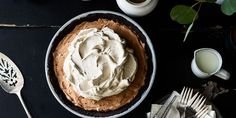 Lemon Pie with Cracker Crust - needs more than one can of condensed milk, or less of other ingredients - could also make a meringue with the egg whites?
