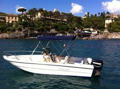 capelli 6 metri con motore envinrude 75 cv guida con patente nautica adatta  per un tour con amici alle 5 terre