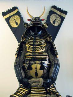 Samurai armor at the Japanese American Cultural and Community Center, Little Tokyo, Los Angeles, California Miyamoto Musashi, Japanese Warrior, Man Of War, Samurai Armor, Samurai Tattoo, Art Japonais, Japanese American, Japanese Culture, Tokyo