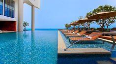 Infinity pool overlooking Nha Trang Bay in Vietnam - Sheraton Nha Trang Hotel and Spa #svnlife #vietnam
