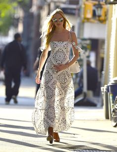Candice Swanepoel Just Won Summer Maternity Style in This Maxi Dress