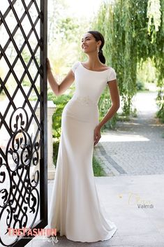 """Wedding Dresses Simple Elegant Classy If you are a bride that wants a simple, but gorgeous wedding gown, then consider looking for wedding dresses that live up to the theory """"Less is MoreR… Classy Wedding Dress, Modest Wedding Gowns, Western Wedding Dresses, Wedding Dress Styles, Bridal Dresses, Bridesmaid Dresses, Boat Neck Wedding Dress, Simple Elegant Wedding, Bridal Collection"""