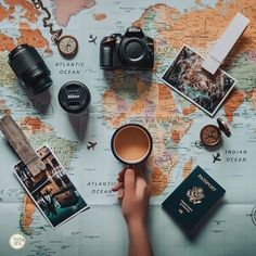 Top Tips For Savvy Global Travel - top-tipps für versierte globale reisen Flat Lay Photography, Creative Photography, Travel Photography, Travel Flatlay, Flat Lay Inspiration, Travel Baby Showers, Flat Lay Photos, Foto Blog, Travel Wallpaper