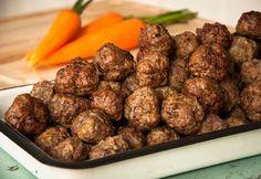 Zöldséges húsgolyók a sütőből My Recipes, Beef Recipes, Hungarian Recipes, Hungarian Food, Main Dishes, Sausage, Pork, Lunch, Meat