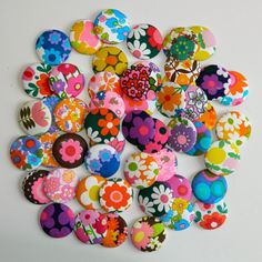 alice apple - fabric buttons