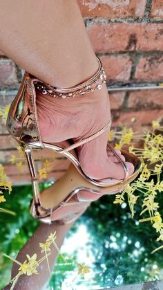 Ankle Strap Heels, Strappy Heels, Stiletto Heels, Sexy Legs And Heels, Hot High Heels, Beautiful High Heels, Gorgeous Feet, Funny Shoes, Sexy Toes