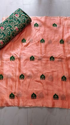 Elegant Fashion Wear Explore the trendy fashion wear by different stores from India Indian Silk Sarees, Georgette Sarees, Indian Blouse, Indian Wear, Punjabi Fashion, Women's Fashion, Indian Fashion, Embroidery Suits Punjabi, Colette Patterns