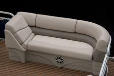 whitesmarine.com Bennington 21 SLX #WhitesMarineCenter #TeamWhitesMarine #Bennington #BenningtonMarine #Pontoon #Boat #Boating #Luxury #Lifestyle #BoatLife