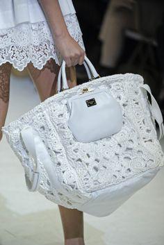Outstanding Crochet: Crochet Haute couture . D purses