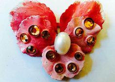 Spilla Viola grande pensees rosa fuxia con al centro perla ovale e rosette Swarovski