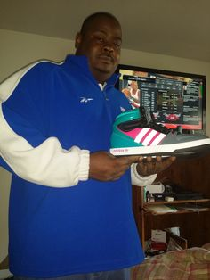 Brian won these shoes for $0.12 using only 4 voucher bids! #Wow #QuiBidsWin