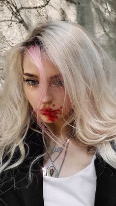 Queen Aesthetic, Aesthetic Eyes, Witch Aesthetic, Bad Girl Aesthetic, White Blonde Hair, Silver Blonde, Gigi Hadid Photoshoot, Witch Fashion, Cute Girl Face