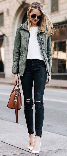casual style addict / khaki jacket + bag + white top + rips + heels