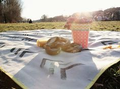 Do It Yourself: Picknickdecke nähen. DIY-Anleitung via DaWanda.com
