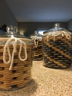 Khloe Kardashian inspired cookie Jars but slightly modified by with swirl patterns in cookies. Kitchen Jars, Kitchen Pantry, Kitchen Dining, Kitchen Decor, Kitchen Organization Pantry, Home Organisation, Organization Ideas, Glass Cookie Jars, Glass Jars